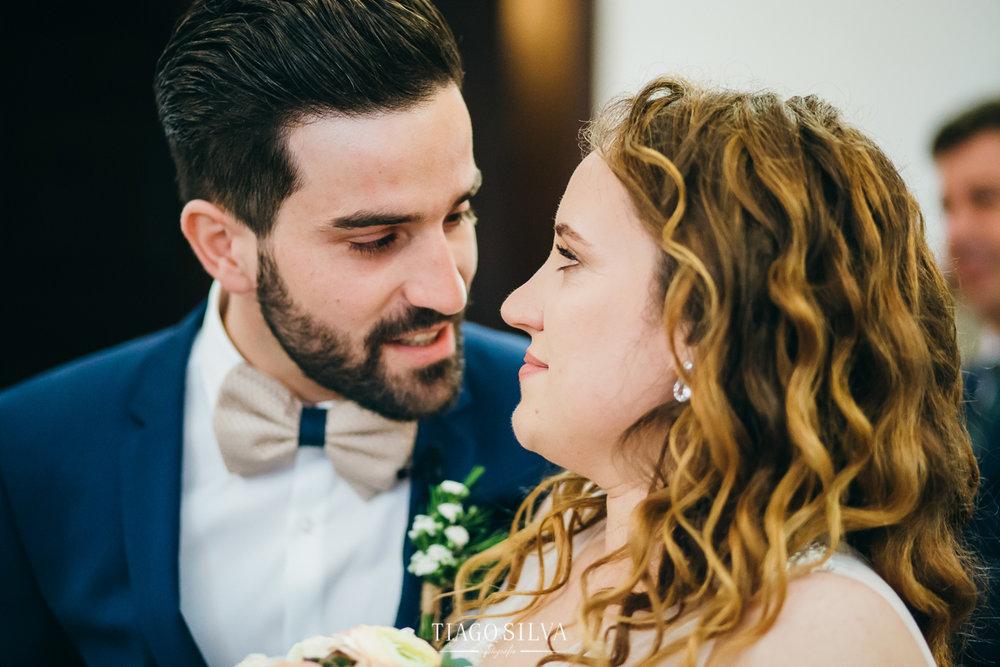 ines_filipe_makemyday_memoriescraftedwithlove_destinationwedding-portugal-wedding-casamento-convite-design-decor-floral-styling-weddingfilm-filmedecasamento (11).jpg