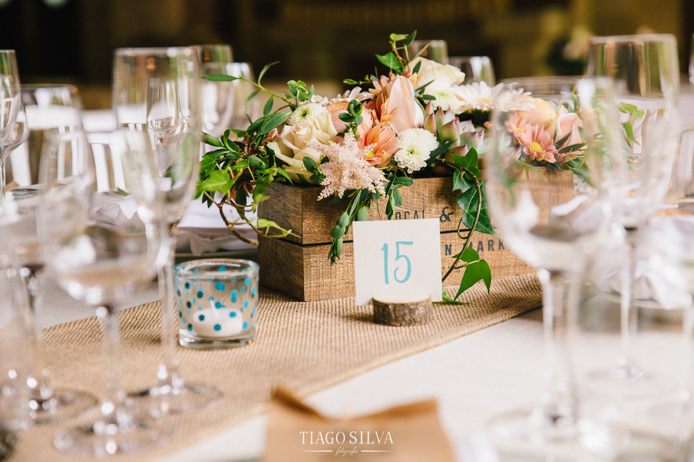 ines_filipe_makemyday_memoriescraftedwithlove_destinationwedding-portugal-wedding-casamento-convite-design-decor-floral-styling-weddingfilm-filmedecasamento (28).jpg