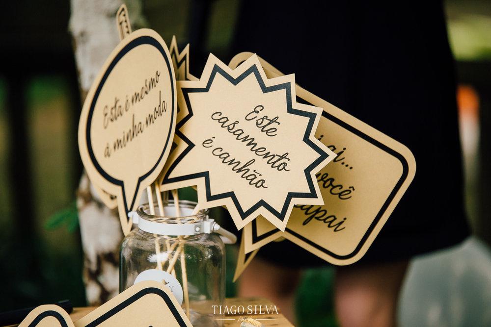 ines_filipe_makemyday_memoriescraftedwithlove_destinationwedding-portugal-wedding-casamento-convite-design-decor-floral-styling-weddingfilm-filmedecasamento (36).jpg