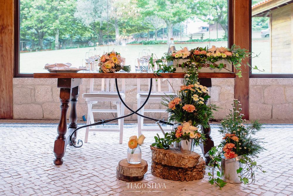 ines_filipe_makemyday_memoriescraftedwithlove_destinationwedding-portugal-wedding-casamento-convite-design-decor-floral-styling-weddingfilm-filmedecasamento (45).jpg