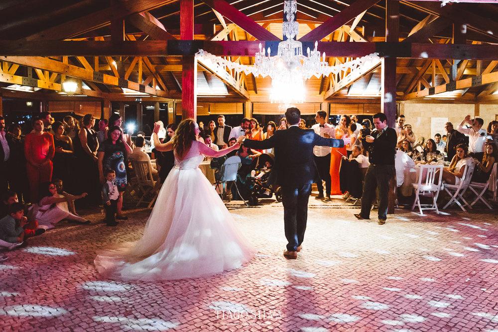 ines_filipe_makemyday_memoriescraftedwithlove_destinationwedding-portugal-wedding-casamento-convite-design-decor-floral-styling-weddingfilm-filmedecasamento (56).jpg