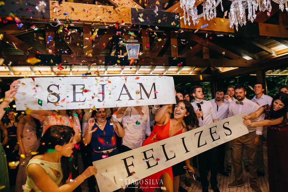 ines_filipe_makemyday_memoriescraftedwithlove_destinationwedding-portugal-wedding-casamento-convite-design-decor-floral-styling-weddingfilm-filmedecasamento (57).jpg