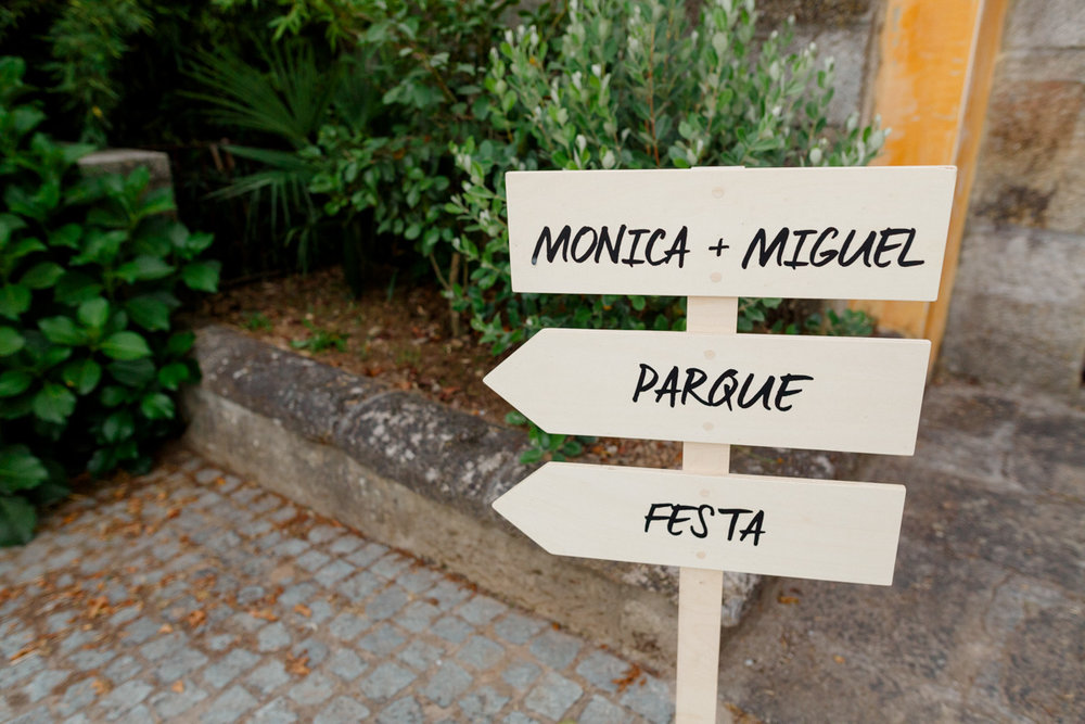 monica_miguel_makemyday_memoriescraftedwithlove_destinationwedding-portugal-wedding-casamento-convite-design-decor-floral-styling-weddingfilm-filmedecasamento (13).jpg