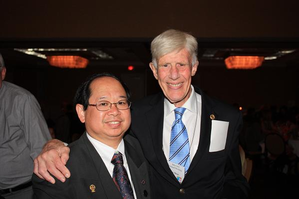 The IAO would like to thank Dr. Edmund Liem of Chiliwack, British Columbia Canada for taking all of this year's pictures. He is shown above (left) with Dr. John Mew.