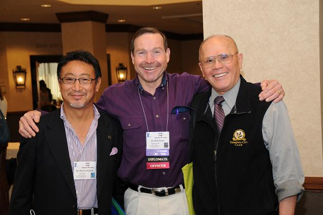 The IAO Annual Meeting is always a great opportunity to catch up with old friends and meet new colleagues. Dr. Masaru Iwatsuki from Japan (left to right), Dr. Rick Grant of Nevada, and Dr. Richmond Cheng from British Columbia seem to enjoy time between lectures