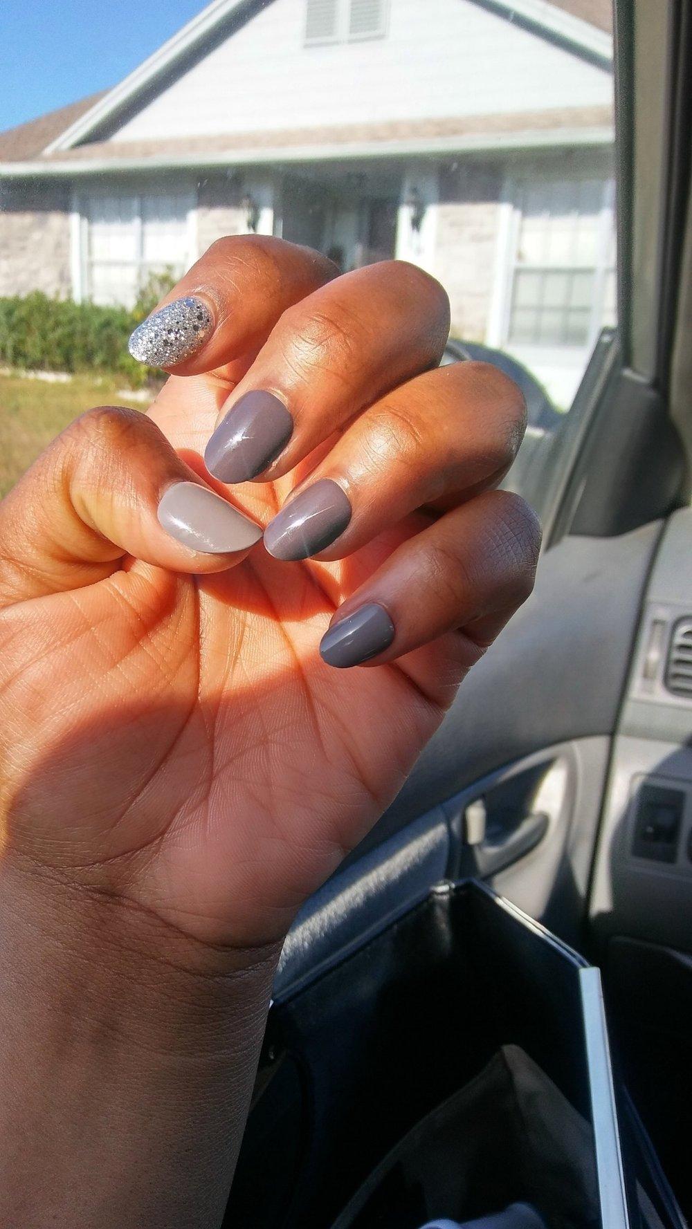 Nails 1.jpg