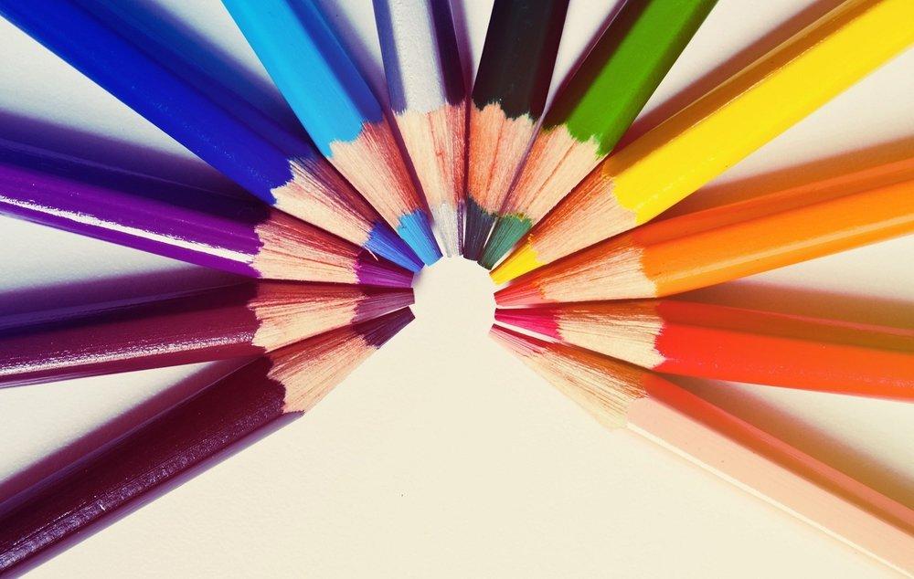 colored-pencils-1082480_1920.jpg