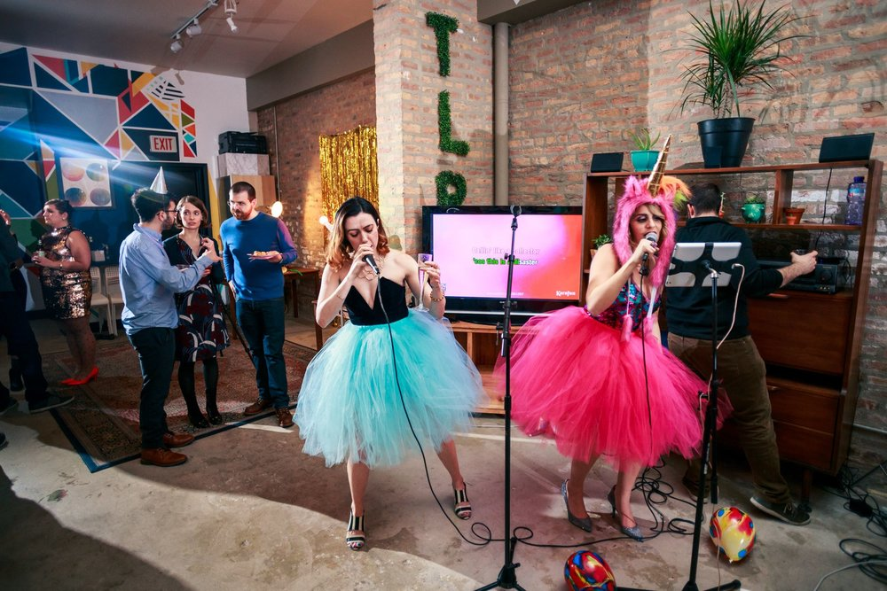 karaoke_birthday_party_event_planner_theme_the_living_room_chicago_event_venue_humboldt_park