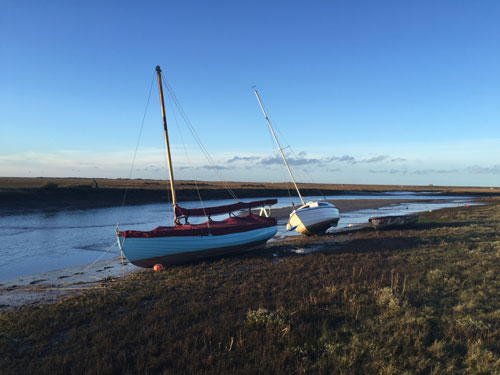 Sailing boat Blakeney | Gardeners Cottage Blakeney