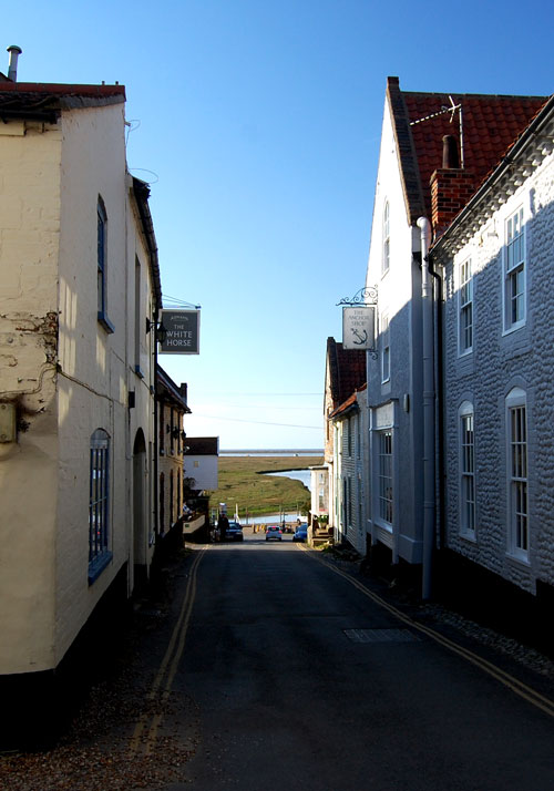 blakeney-high-street-and-cu.jpg