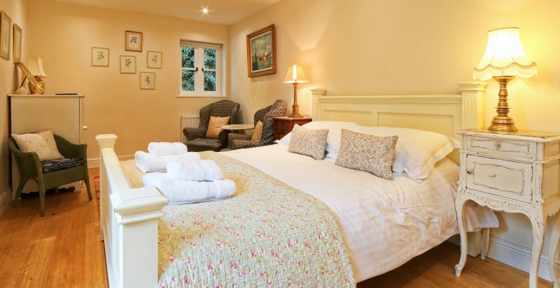 holiday-cottage-downstairs-bedroom.jpg