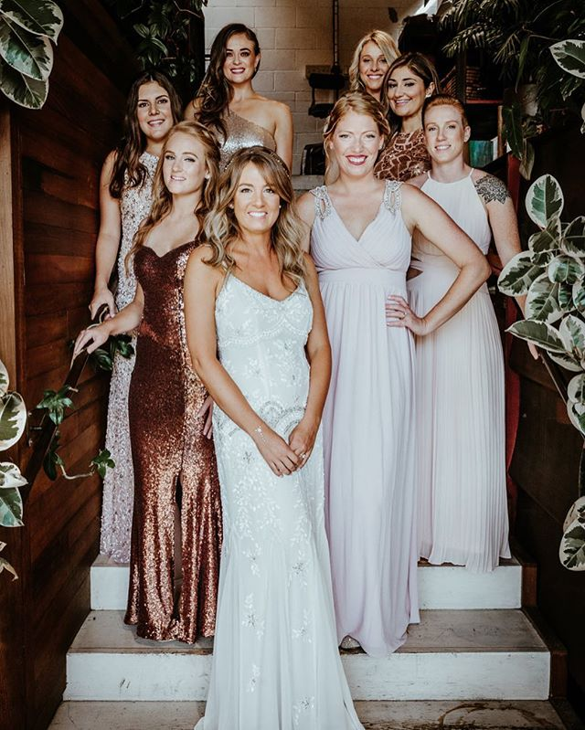 How gorgeous are these ladies...wedding day glow ✨ ⠀ #hooraykarahitay #justmarried #weddingceremony #wedding #luxurywedding #weddingday #weddingseason #shesaidyes #dreamwedding #instawedding #instabride #bride #groom #bridalparty #weddingdress #bridesmaidsdress #weddingstyle #weddingcouture #bridalgown #bridalfashion #weddinginspiration #weddingoals #weddingphotos ⠀ #bestdayever #lawedding #smogshoppe #smogshoppeweddings #weddingvenue #weddingplanner #meleamore⠀