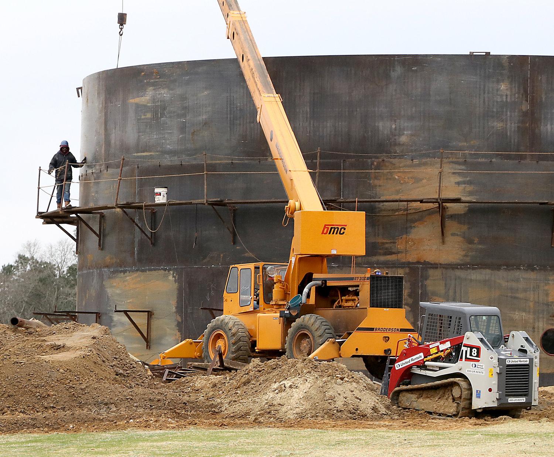 Duke grant to aid Helena Chemical facility under