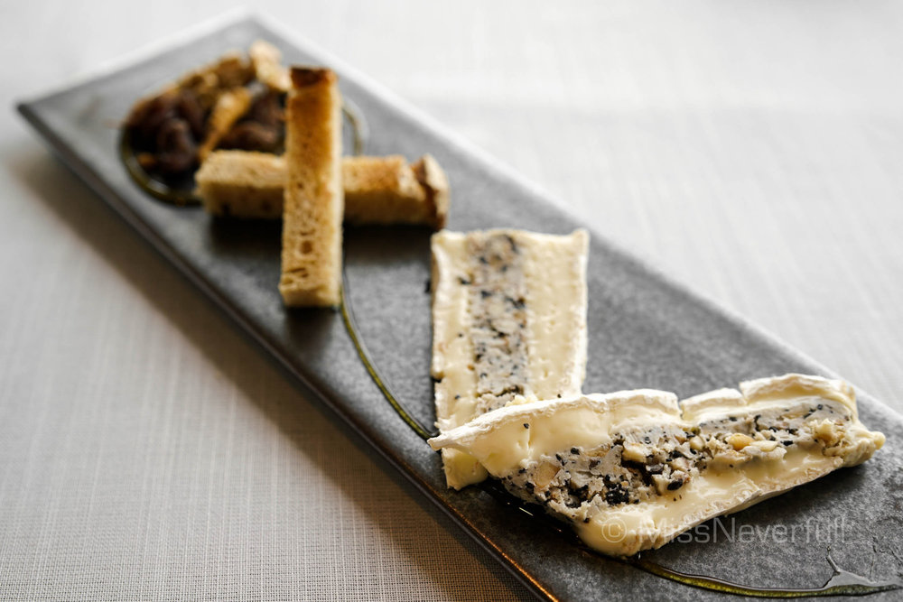 BRIE DE MEAUX TRUFFÉ, Black truffle ice cream, poilane bread (Supplement $20)