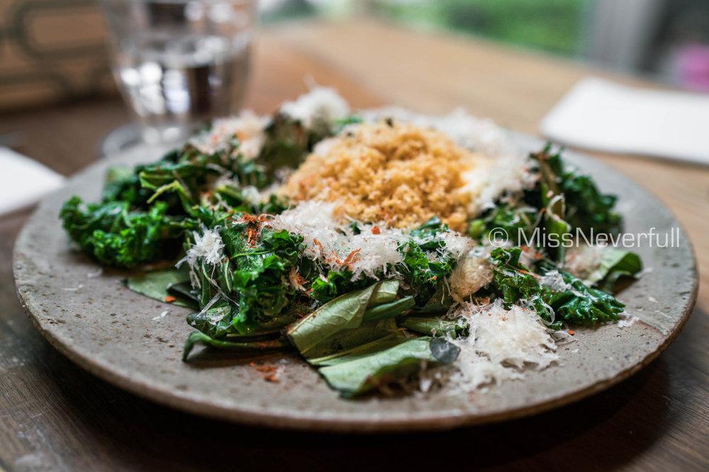 Sautéed Kale & Egg White Scramble
