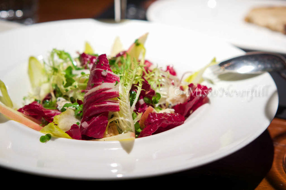 Endive & Mixed Green Salad 菊苣素菜色拉 (78 RMB)