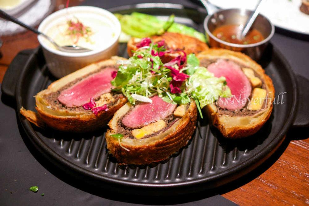 Beef Wellington 威灵顿牛排 (638 RMB)