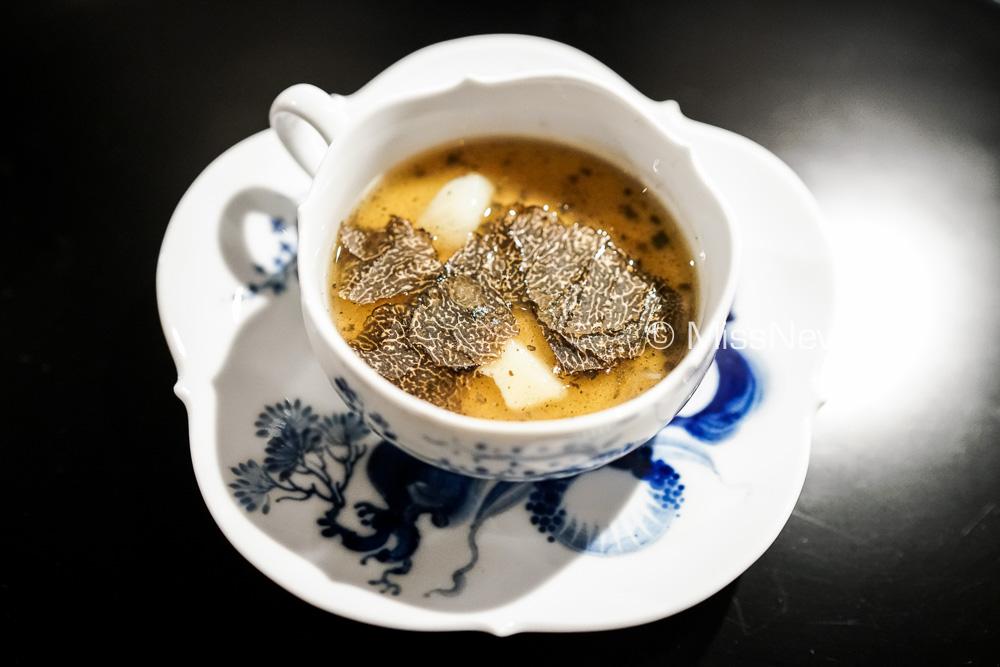 Starter: Black Truffle Chawamushi