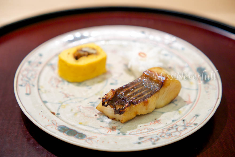 5. Mana-gatsuo and egg rolled with unagi