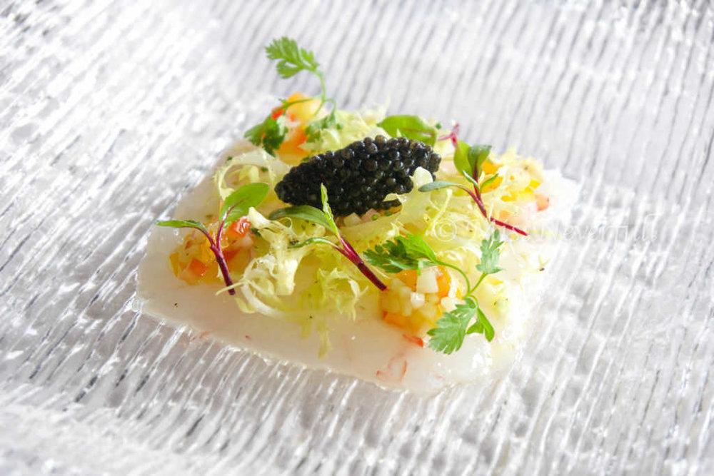 New Zealand Scampi Carpaccio 新西兰生虾薄片 (CNY 288)