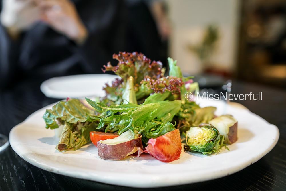 Amuse bouche: Organic salad