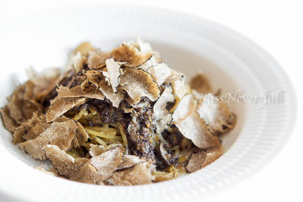 3. Black truffle and mushroom spaghetti