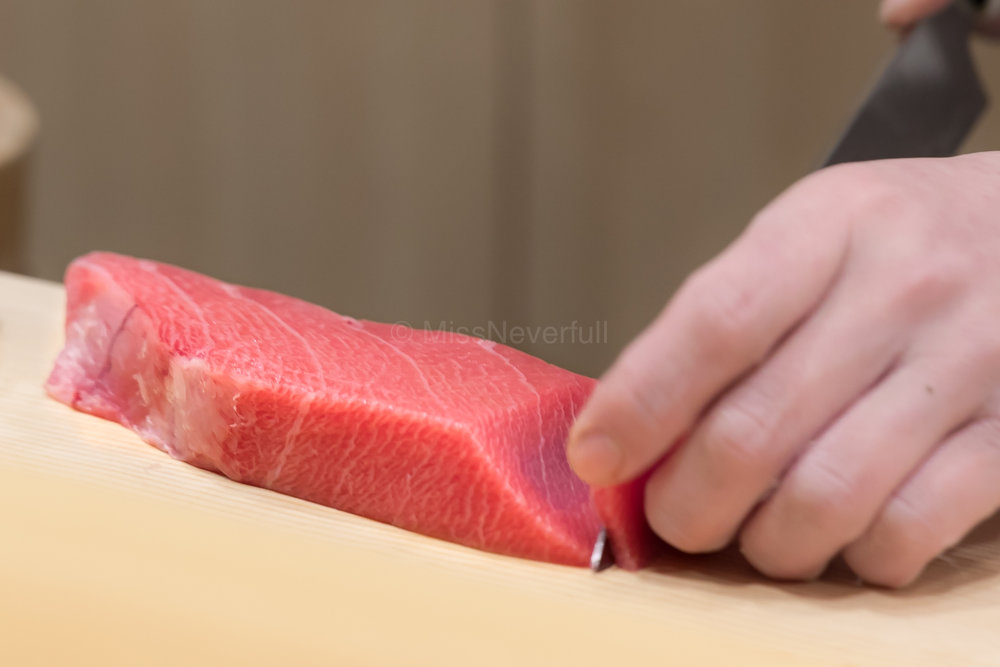 Chef Arai-san slicing maguro