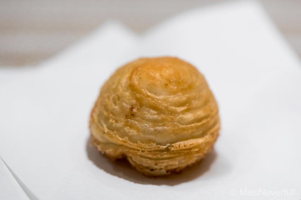 新玉ねぎのシュー | Baby Onion Choux
