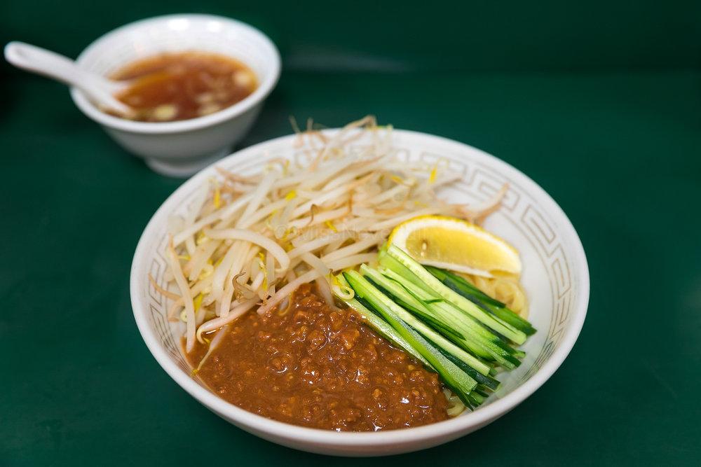 炸醬麵 | Cha Chiang Mein Noodles (JPY 800)