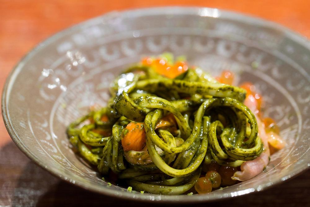 小豆島の太素麺 (昆布締めにし & 鮑の肝和え) 、赤貝、いくら