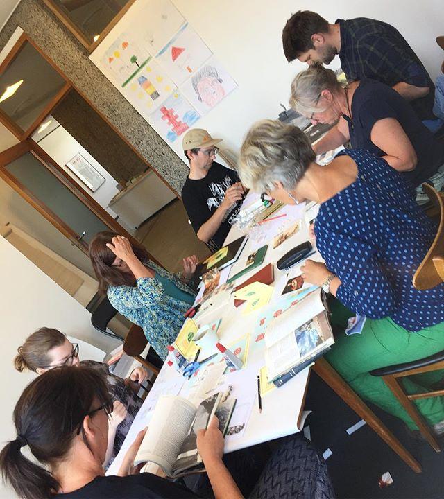 Fanzine workshop at @opplandkunstsenter ❤️📖✂️📐🖍✒️🖌✏️📚 #bastardkunstbokmesse