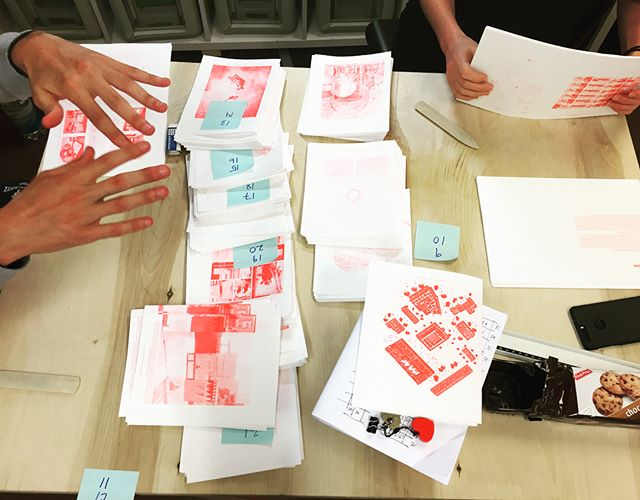 A lot of fun having a few students from Bergen School of Architecture in our print workshop a few weeks ago, producing 3 zines in red, blue and teal!