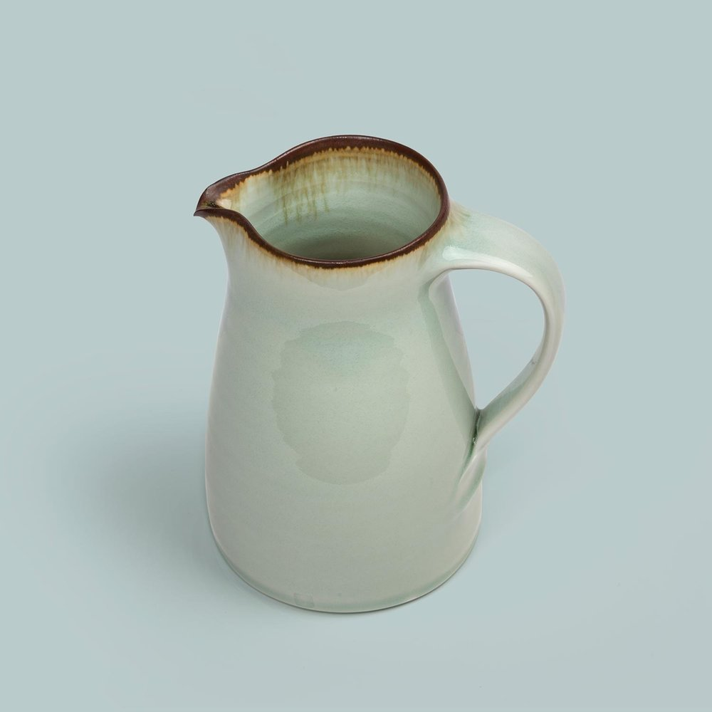 Porcelain Standard Ware Jug Medium £65