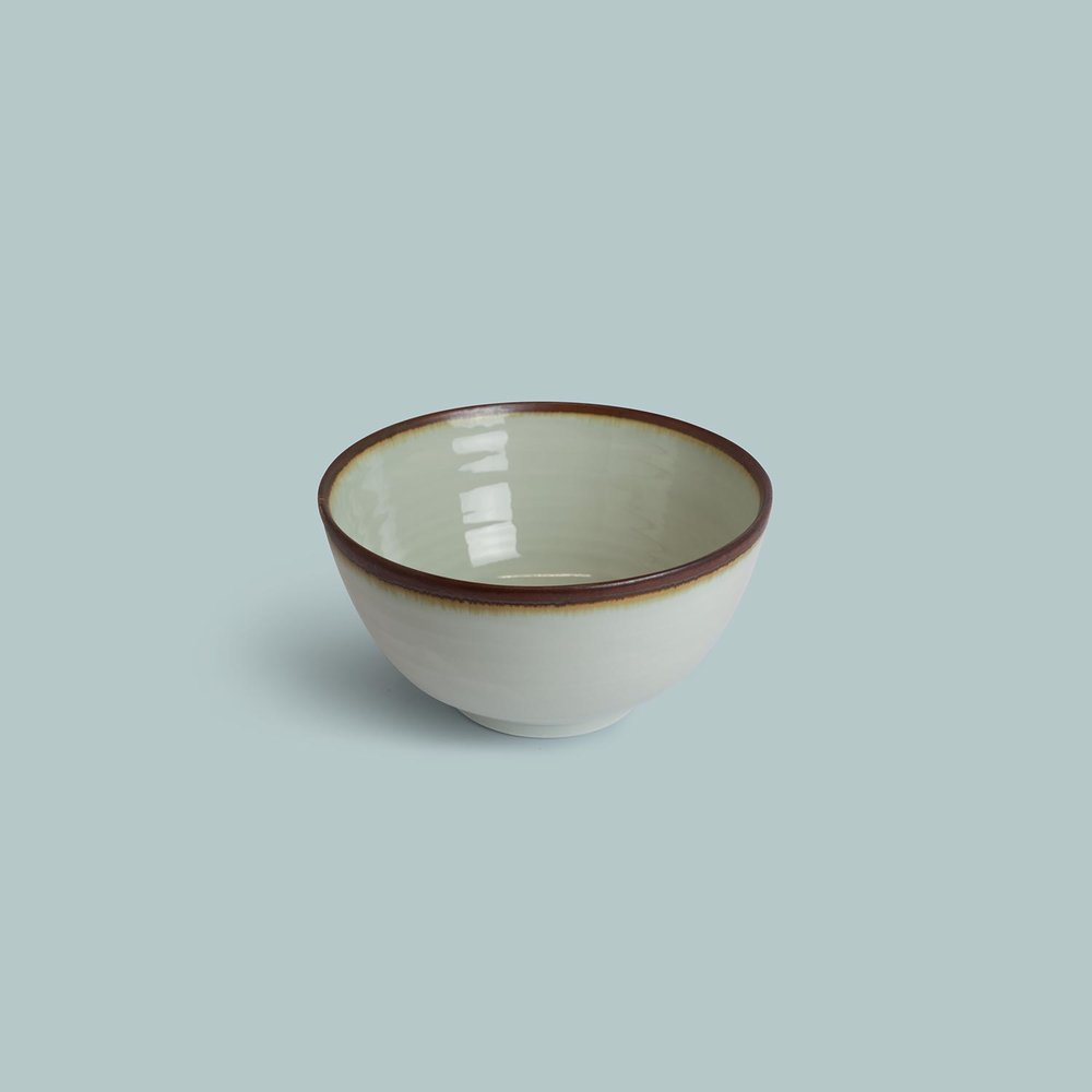 Porcelain Standard Ware Bowl   Medium £36