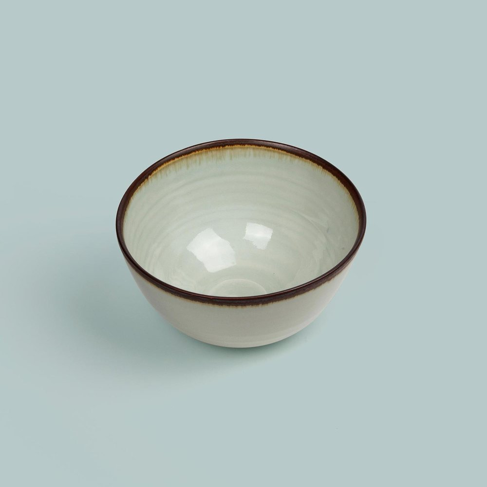 Porcelain Standard Ware Bowl   Large £64