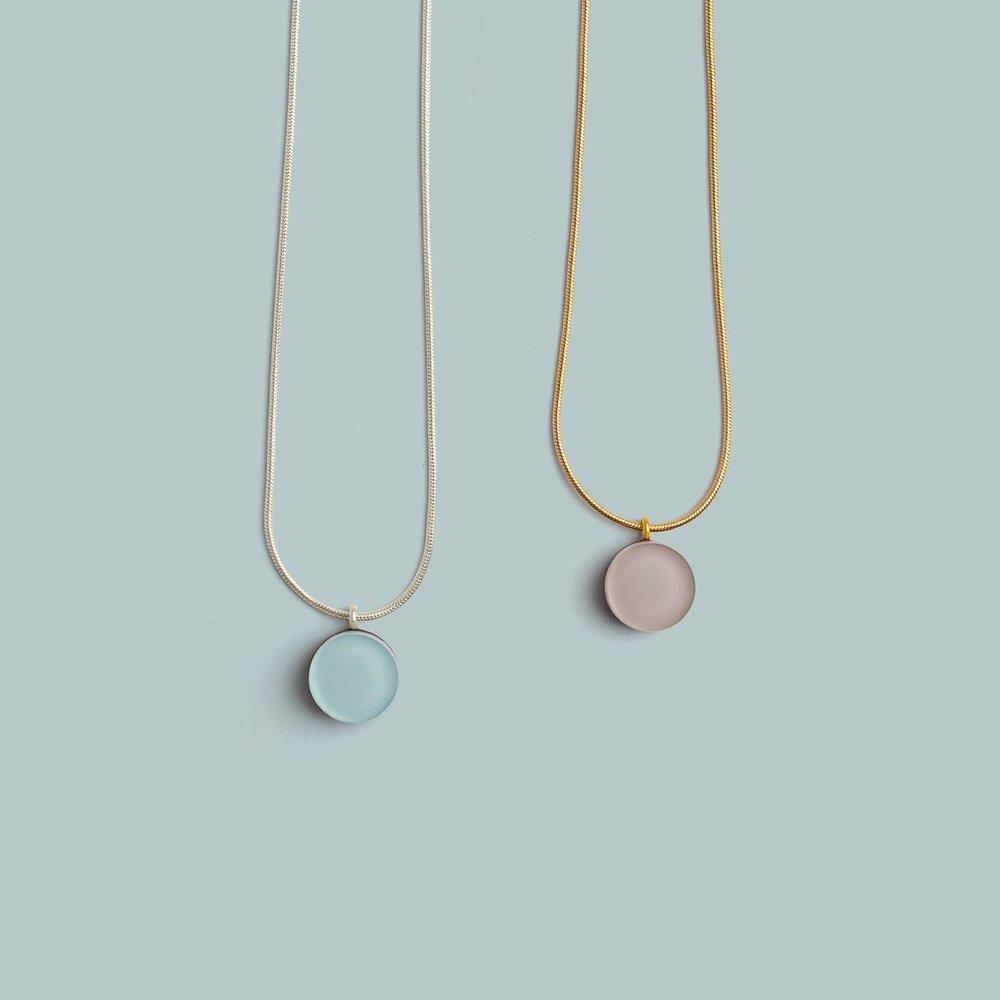 Dot Necklace   Mauve, Pink.  £20