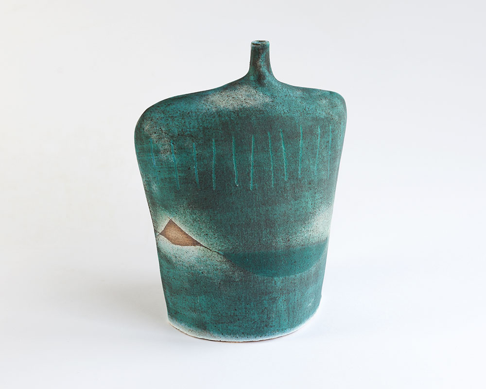 Large Bottle   Glazed stoneware. Dimensions: 19 cm x 15 cm  £65.00