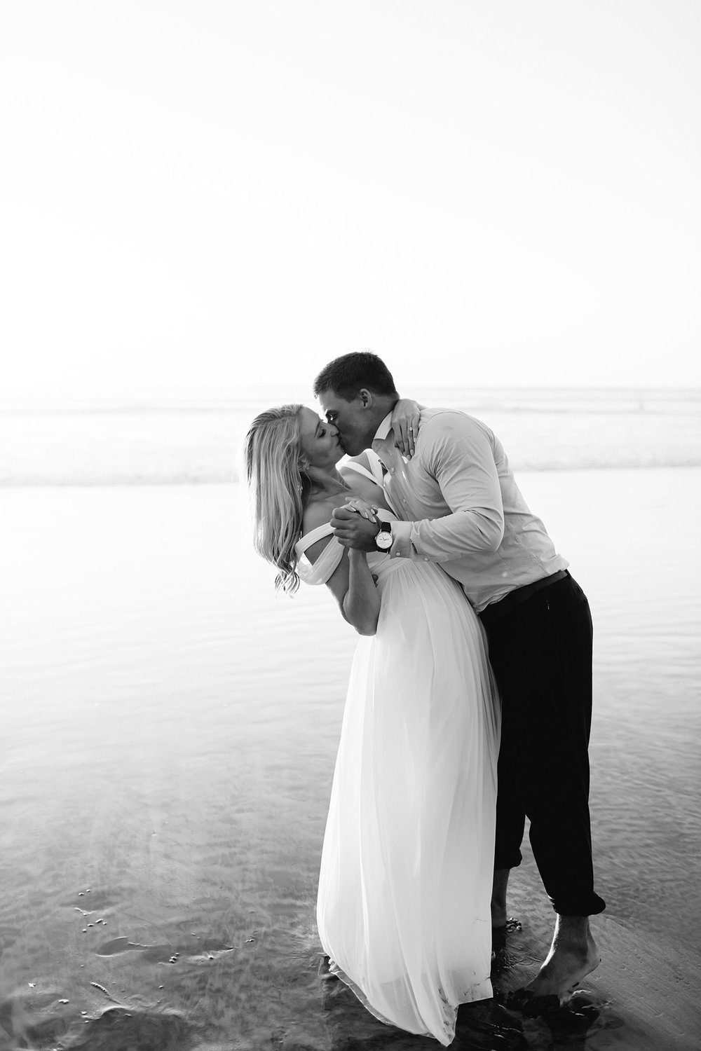 blacks beach engagement session_0016.jpg