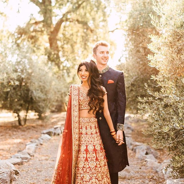 Nayha + RJ's Pakistani/American fusion wedding this past weekend was goood. Their henna party was the perfect kick-off to their two days of festivities! . . . . . Venue: @campovida / Videographer: @jayandmackfilms / Coordinator: @mydandelionevent / Flowers: @marionmoss / Hair: @hair_by_missy / Makeup: @makeupbymegs
