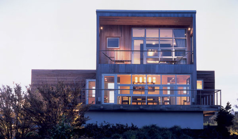 seaside_retreat_exterior