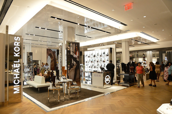 Macy+Herald+Square+Opens+New+Shoe+Department+Y7t8ua8cG2Tl.jpg
