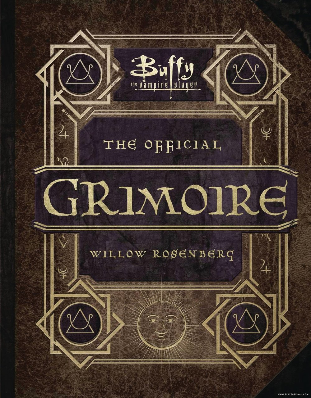 BUFFY THE VAMPIRE SLAYER OFFICIAL GRIMOIRE HC.jpg