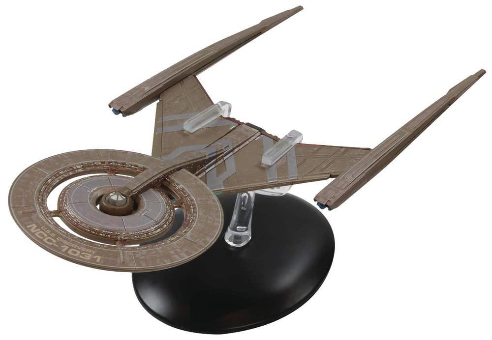 STAR TREK DISCOVERY FIG MAG 2 USS DISCOVERY NCC-1031.jpg