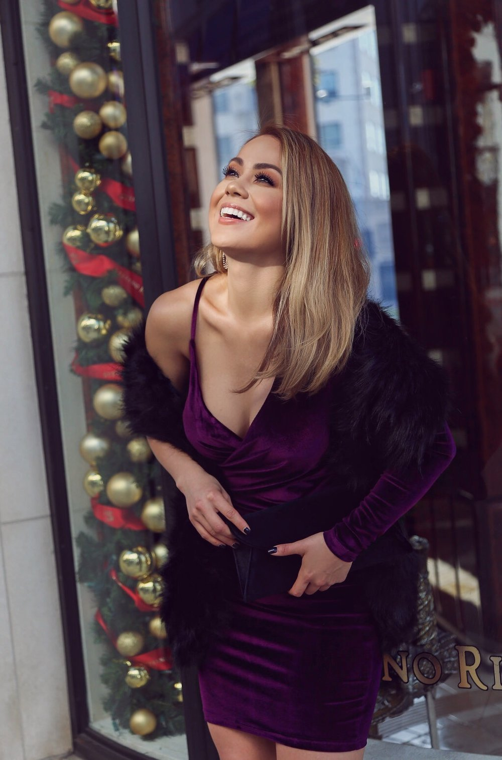 Charlotte Russe, charlotte russe holiday dress, charlotte russe heels, Charlotte Russe Heels. Charlotte Russe Holiday Dress, Charlotte Russe Women, LA Blogger, la blogger, charlotte russe,