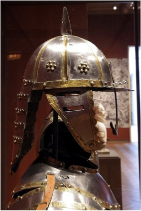 "The Turkish Zischägge, or ""lobster tail"" helmet Source: http://www.pinterest.com/pin/360358407657620997/"