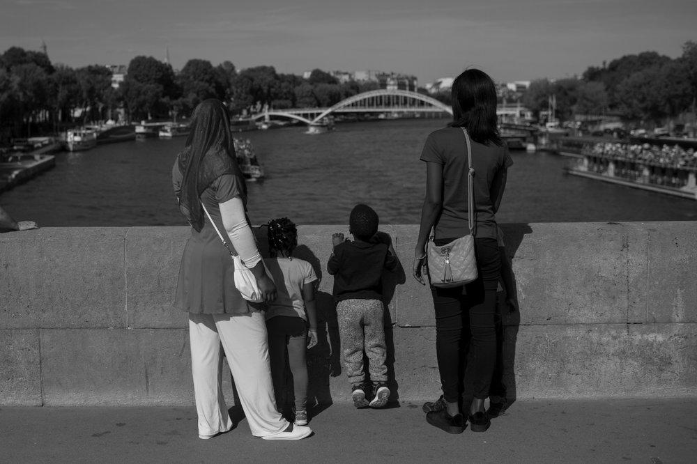 LANDAU_PARIS_RUA_28.jpg
