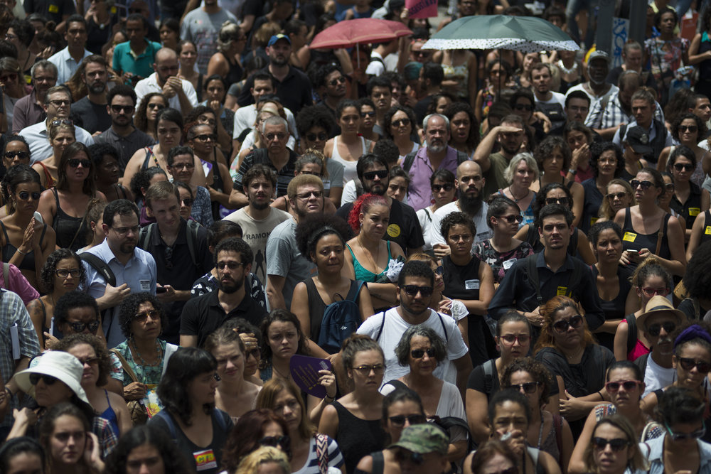 March, 15, 2018. 11am. Marielle was shot dead the day before at 9:30 pm, in Estácio. In the next morning, people concentrated in Cinelândia square in front of the City Council,  where the funeral took place .
