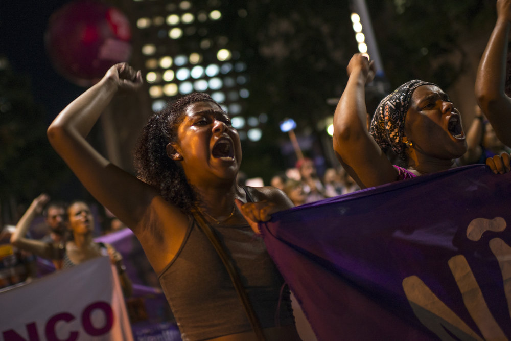 March, 15, 2018. 7pm.  The second part of the day  started at 7pm with a demonstration against the murders. They walked from Rio de Janeiro Legislative Assembly to the Cinelândia square.