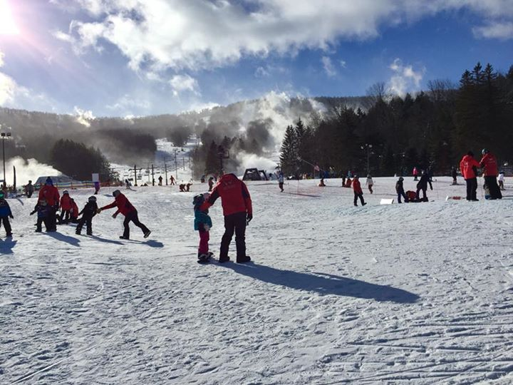 Windham Mountain - PROUD TO BE NEW YORK'S FAVORITE WINTER DESTINATION FOR FAMILIES, WINDHAM OFFERS BIG MOUNTAIN SKIING AND RIDING IN THE HEART OF THE CATSKILLS, JUST OVER TWO HOURS NORTH OF MANHATTAN. AN IMPRESSIVE SNOWMAKING SYSTEM, AN AWARD WINNING FIRST TIMER'S EXPERIENCE, A NEWLY EXPANDED SNOWTUBING PARK, AND GUIDED SNOWSHOE HIKES MEAN OUTDOOR ADVENTURE AWAITS FOR EVERYONE.