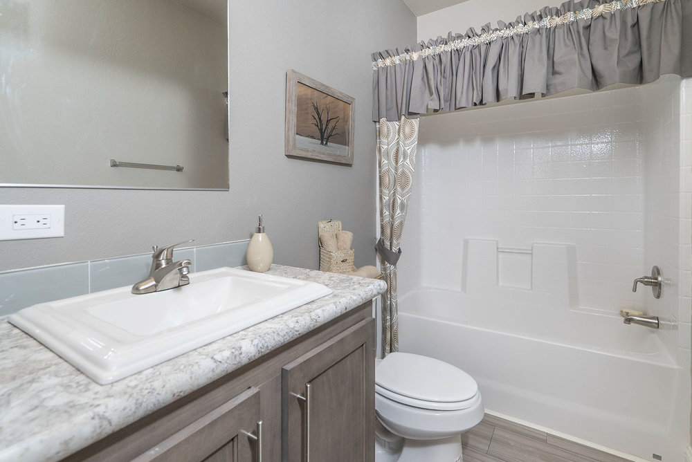 American Spirit Homes-American Freedom 3266, Bathroom 5